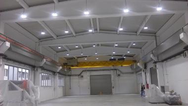 Hala opremljena z LED_High_Bay svetilkami